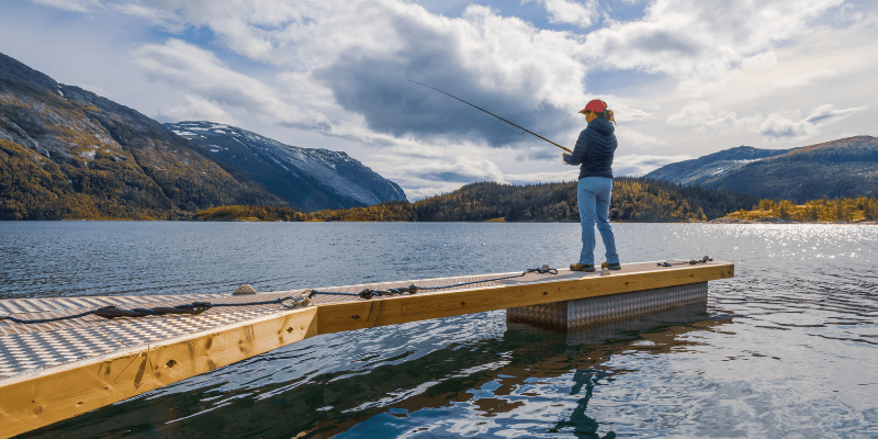 buying a fishing license